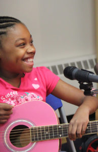 Kids Creative - Kids Creative Jayla with pink guitar